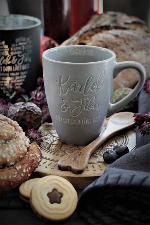 kärlek och fika mugg i matt grå stengods från Majas Lyktor