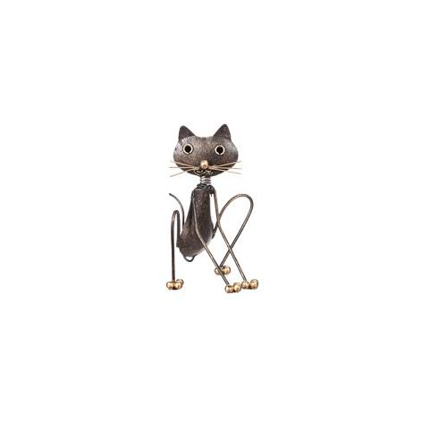 katt i hamrad plåt med detaljer av guld i morrhår, klor och ögon från Different Design